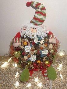Dekorácie - Vianočny veniec Mikulaš - 11360681_