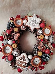 Dekorácie - Adventný veniec - Vianočný čas - 11364807_