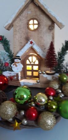 Dekorácie - Vianočný venček  chalúpka - 11364515_