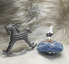Dekorácie - Vianočné ozdoby s rolničkou (Bledomodrá) - 11364072_