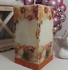Svietidlá a sviečky - Dekoračná sviečka hranol vlastný text. - 11369163_