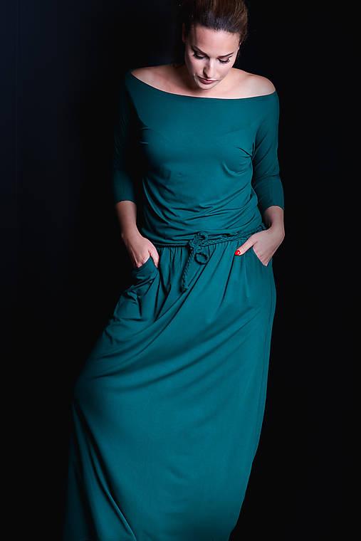 Šaty - Dlhé šaty s pleteným opaskom - 11366665_