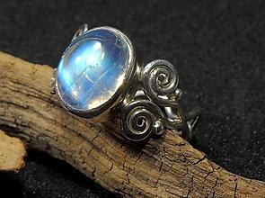 Prstene - Moonstone strieborný prsteň A** - 11373948_