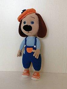 Hračky - Háčkovaný psík -umelec - 11373787_