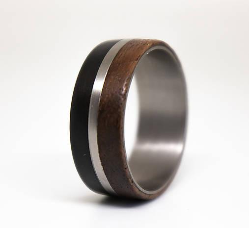 Titanový prsteň & Eben & Orech