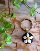 "Kľúčenky - Vyšávaná kľúčenka ""Margarétka II"" - 11374087_"