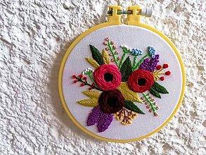 """Obrazy - Vyšívaný obraz """"Ruživá záhrada"""" - 11373496_"""