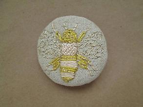 Odznaky/Brošne - Brošňa včela2 - 11373105_