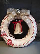 Dekorácie - Vianočný venček na dvere - 11371051_