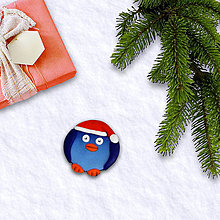 Magnetky - FIMO vianočná magnetka tučniak  (čiapka) - 11372324_