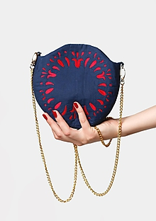 Kabelky - Kabelka kruhová vyšívaná tmavo modrá - 11374496_
