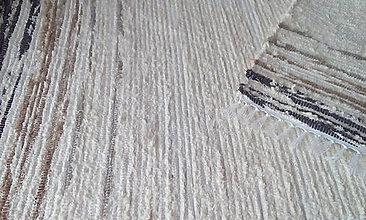 Úžitkový textil - Koberček s hnedou bordúrou na koncoch - 11374520_