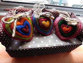Dekorácie - plstené srdcia farebný sen / sada  3ks / polovičná cena! - 11375707_