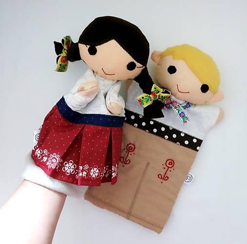 Folklórny párik - chlapec a dievka - sada maňušiek na ruku