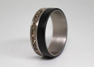 Prstene - Titanový prsteň & Bronz & Eben - 11374357_