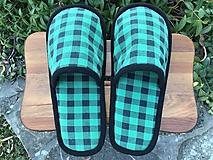 Obuv - Zelené kockové papuče - 11374903_