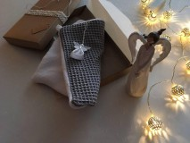 - Giving Tuesday - uteráčik pre ... (farba sivá pre Gregorka) - 11376464_