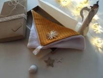 Úžitkový textil - Giving Tuesday - uteráčik pre ... (farba horčicová pre Miška) - 11376479_