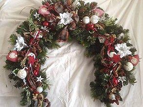 Dekorácie - Luxusna bohata vianočna girlanda - 11375009_