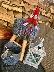 Dekorácie - Taburetka s košíčkom - 11380936_