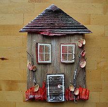Dekorácie - Dom s červeným plotom - 11381461_