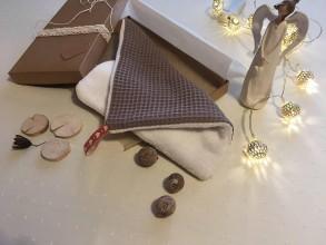 Úžitkový textil - Giving Tuesday - uteráčik pre ... (farba béžová pre Barboru) - 11380696_