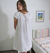 Pyžamy a župany - Ľanová nočná košieľka - 11383702_