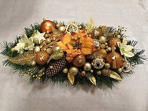 Dekorácie - Vianočná ikebana  LED na stôl tradičná zlato-medená - 11384738_