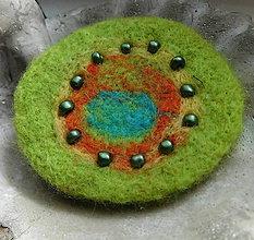Odznaky/Brošne - plstená brož kruhová - 11382054_