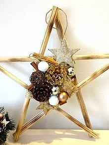 Dekorácie - Vianočná hviezda závesná ozdobená natur - 11382681_