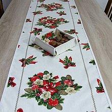 Úžitkový textil - NIKOLETA - Šišky a mašle na smotanovej - vianočná štóla 130x40 - 11381934_