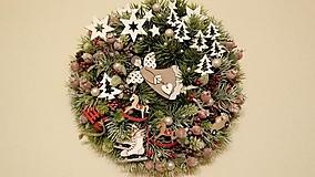 Dekorácie - Vianocny veniec Posol lasky - 11384618_