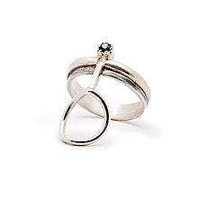 Prstene - Stylový střibrný prsten Matyas - 11385382_
