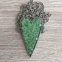 Náhrdelníky - Živicový náhrdelník srdce mentolové - 11387367_