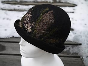 Čiapky - Čierny elegantný dámsky klobúk - 11386560_