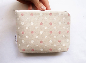 Taštičky - Taštička objemná menšia - Ružovo/biele guličky - 11387021_