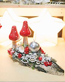 Dekorácie - Vianoce - svietnik - muchotrávky - 11387970_