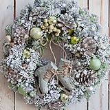Dekorácie - Vianočný veniec na dvere ... čisté krištáliky snehu ... - 11388064_