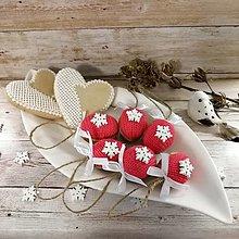 Dekorácie - Vianočný oriešok - snehová vločka (ružové) - 11385650_