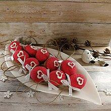 Dekorácie - Vianočný oriešok - Srdce pre lásku (ružové) - 11385680_
