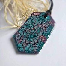 Náhrdelníky - Modro fialový prívesok s trblietkami - 11386294_