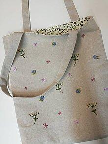 Iné tašky - Vyšívaná taška - 11385856_