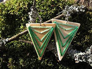 Náušnice - WoBo drevené náušnice zelené - 11388187_