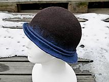 Čiapky - Hnedý plstený klobúk - 11388507_