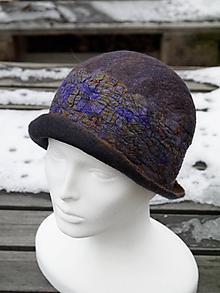 Čiapky - Farebný dámsky vlnený klobúk - 11388482_