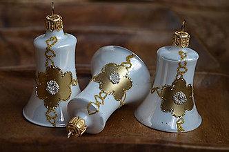 Dekorácie - Bielo-zlaté zvončeky - 11390286_