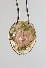"Náhrdelníky - keramický prívesok ""goldengreen"" - 11389354_"