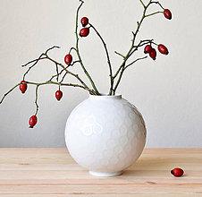 Dekorácie - Váza s puntíky na glazuře - 11389610_