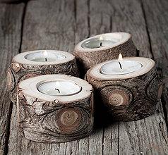 Svietidlá a sviečky - Okatý drevený svietnik prírodný - veľkosť 3 - 11390231_