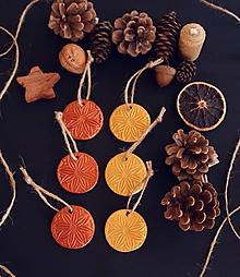 Dekorácie - Vianočné zlato-medené vločky - 11393127_